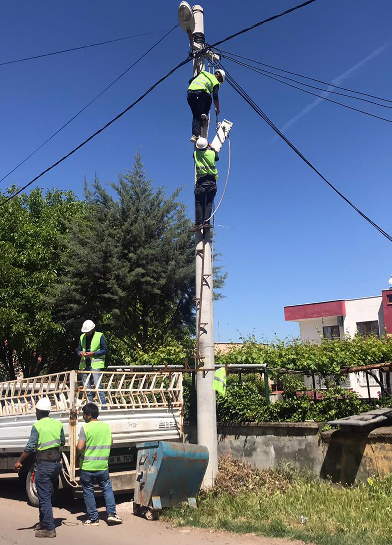 Balpınar'ın Elektrik Şebekesi Yeniledi