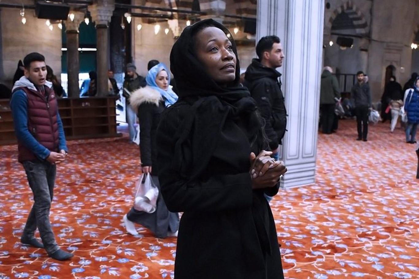 Batman'da Konser Veren ABD'li Sanatçı Müslüman Oldu