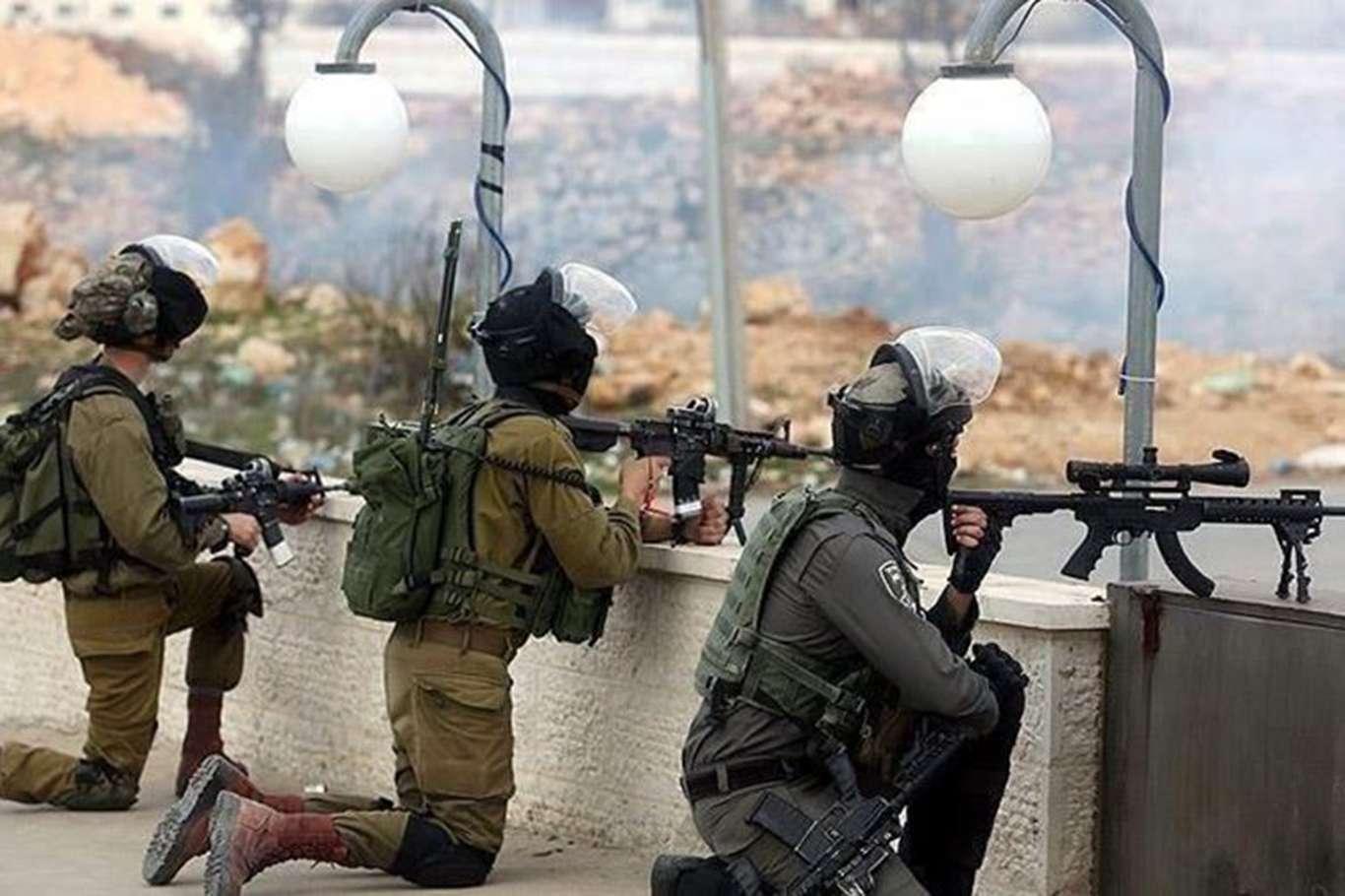 Çocuk parkına baskın düzenleyen siyonist işgalciler bir çocuğu alıkoydu