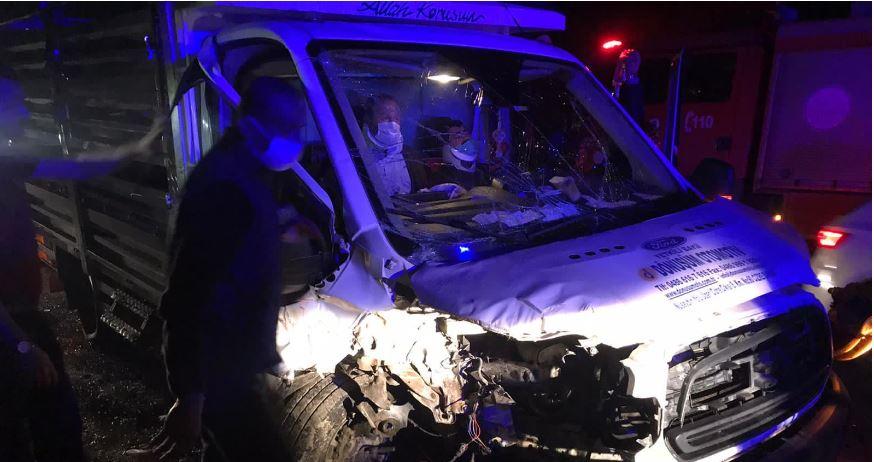Hasankeyf Yolunda Kaza: 2 Yaralı