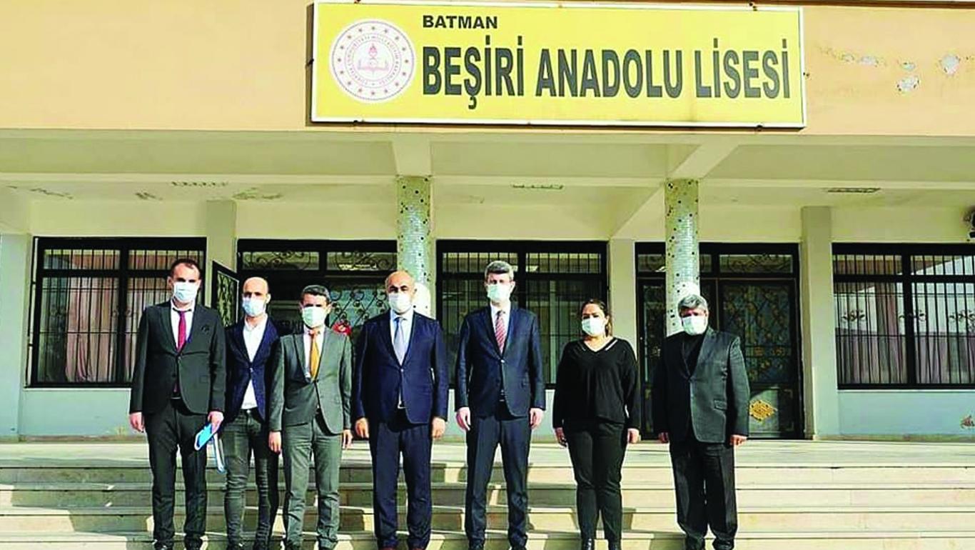 Kaymakam Şener Okulları Ziyaret Etti