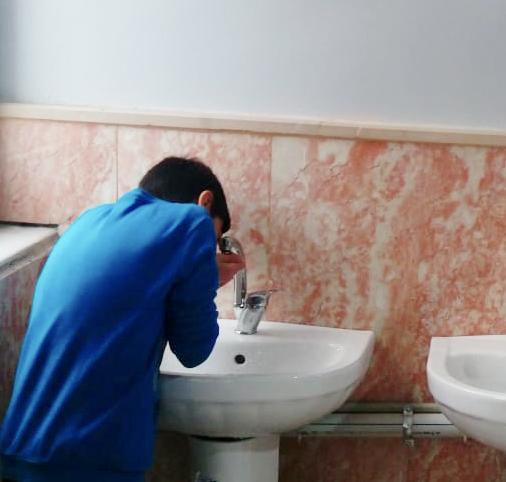 Okul Koridorlarında Su Pınarı