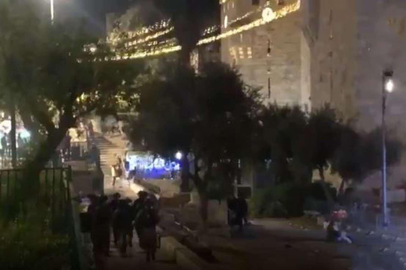Siyonist işgal rejiminin saldırısında 53 Filistinli yaralandı